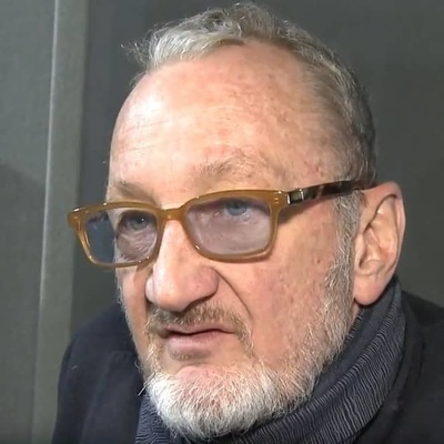 Actor Robert Englund has small lips